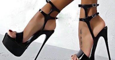 Il miglior frullato anti-cellulite per le gambe a cura della fitness Model Paola Anastasi Nikita
